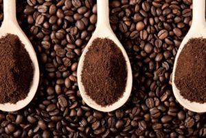 Coffee beans and grounds Home Remedies ants