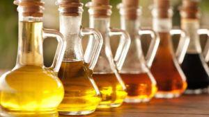 6 Bottles of vinegars
