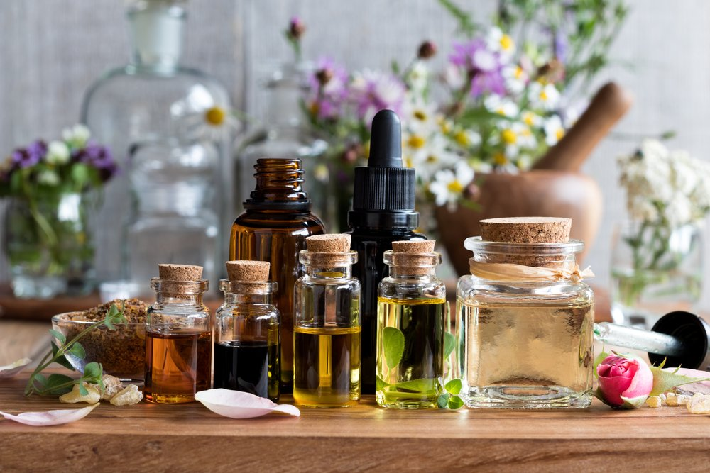 Essential Oils (That Work Magically) as Gnat Repellents - Pest Wiki